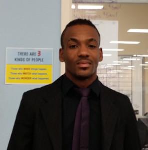 300-Nov-EOTM---Derrick-Simmons